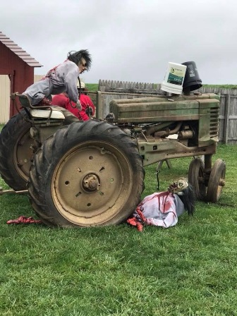 2017-web-pic-tractor